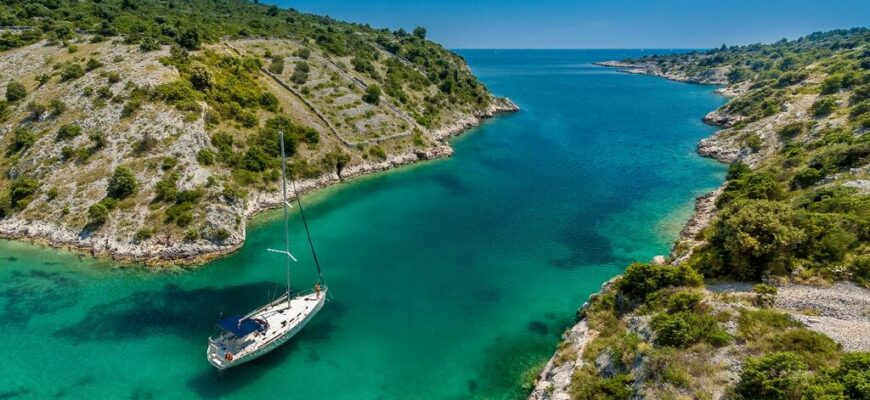 Cleaning campaigns on Croatian islands